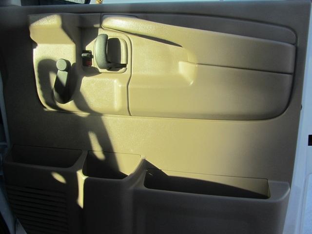 2006 Chevrolet Express 1500 - Photo 45 - Las Vegas, NV 89118