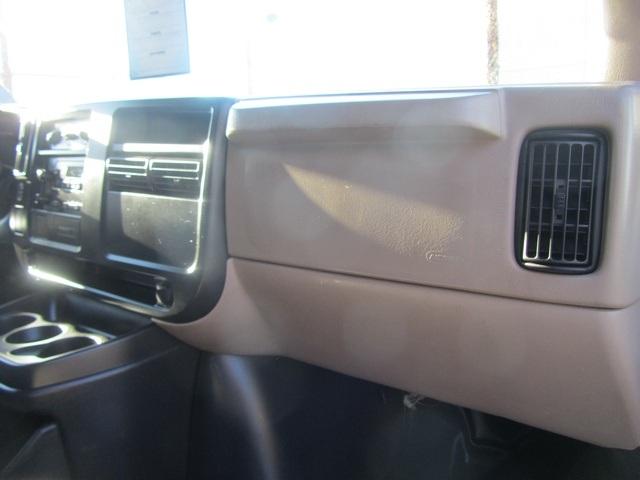 2006 Chevrolet Express 1500 - Photo 50 - Las Vegas, NV 89118