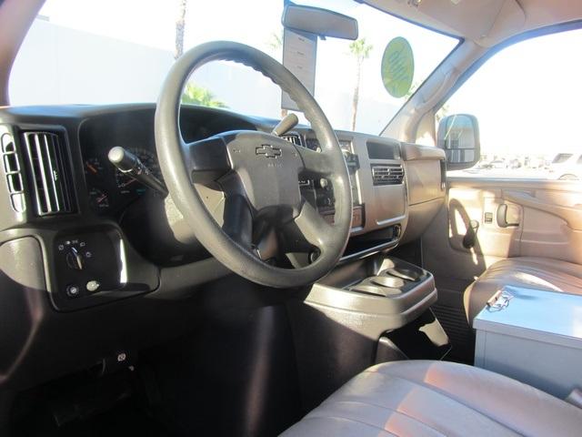 2006 Chevrolet Express 1500 - Photo 39 - Las Vegas, NV 89118