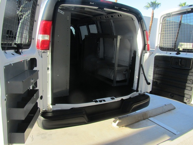 2006 Chevrolet Express 1500 - Photo 17 - Las Vegas, NV 89118