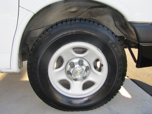 2006 Chevrolet Express 1500 - Photo 13 - Las Vegas, NV 89118