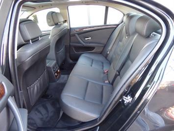2009 BMW 535xi,NAV,PREM PKG,,TRIPLE BLACK,SILVER CERTIFID - Photo 12 - Burlington, NJ 08016