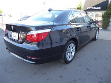 2009 BMW 535xi,NAV,PREM PKG,,TRIPLE BLACK,SILVER CERTIFID - Photo 5 - Burlington, NJ 08016