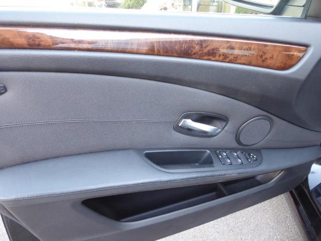 2009 BMW 535xi,NAV,PREM PKG,,TRIPLE BLACK,SILVER CERTIFID - Photo 9 - Burlington, NJ 08016