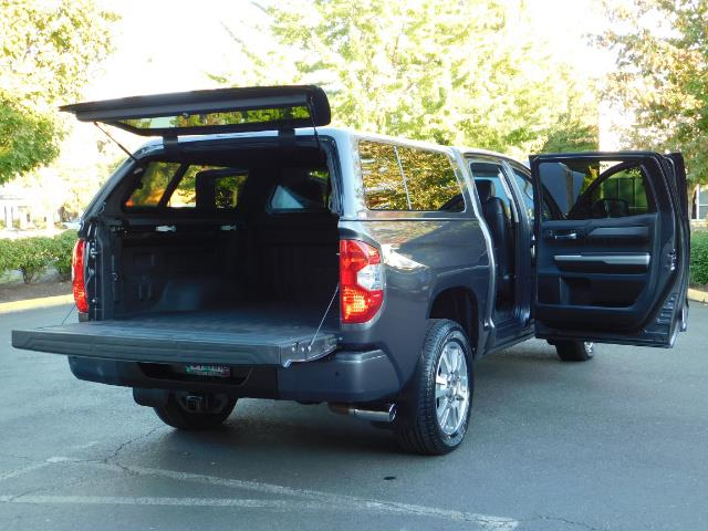2015 Toyota Tundra PLATINUM / CrewMax / 4WD / FULLY LOADED / 1-OWNER - Photo 28 - Portland, OR 97217