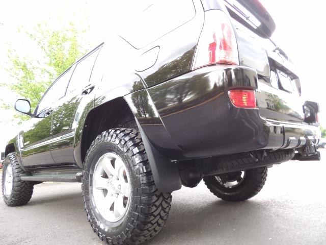 2003 Toyota 4Runner SR5 V6 / 4X4 / DIFF LOCK / LIFTED - Photo 11 - Portland, OR 97217