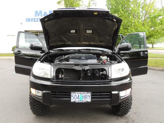 2003 Toyota 4Runner SR5 V6 / 4X4 / DIFF LOCK / LIFTED - Photo 39 - Portland, OR 97217