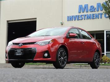 2016 Toyota Corolla S Plus / Back up camera / Sunroof / Spoiler Sedan