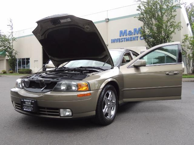 2002 Lincoln LS Luxury Sedan / Leather/ Heated Seats / Low Miles - Photo 25 - Portland, OR 97217