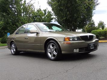 2002 Lincoln LS Luxury Sedan / Leather/ Heated Seats / Low Miles Sedan