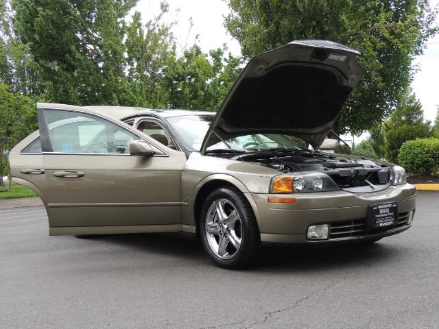 2002 Lincoln LS Luxury Sedan / Leather/ Heated Seats / Low Miles - Photo 31 - Portland, OR 97217