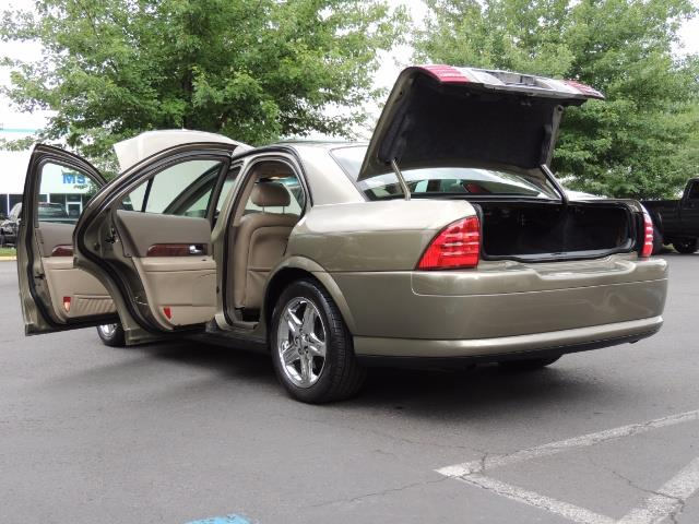 2002 Lincoln LS Luxury Sedan / Leather/ Heated Seats / Low Miles - Photo 27 - Portland, OR 97217