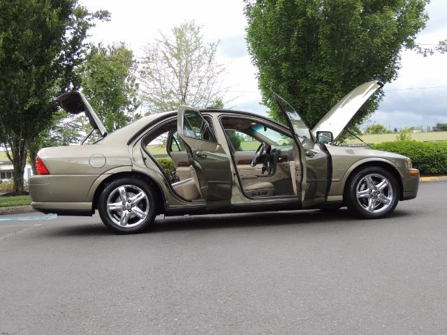 2002 Lincoln LS Luxury Sedan / Leather/ Heated Seats / Low Miles - Photo 30 - Portland, OR 97217