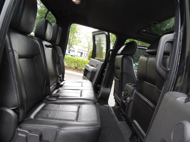 2011 Ford F-350 Super Duty Lariat / 4x4 / 6.7L DIESEL / LOADED - Photo 16 - Portland, OR 97217