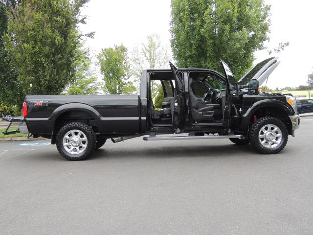 2011 Ford F-350 Super Duty Lariat / 4x4 / 6.7L DIESEL / LOADED - Photo 32 - Portland, OR 97217