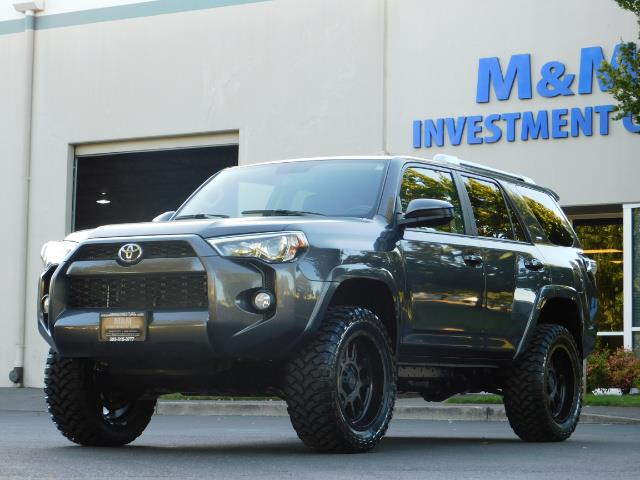 2016 Toyota 4Runner SR5 / 4WD / Sport Utility / LIFTED LIFTED - Photo 46 - Portland, OR 97217