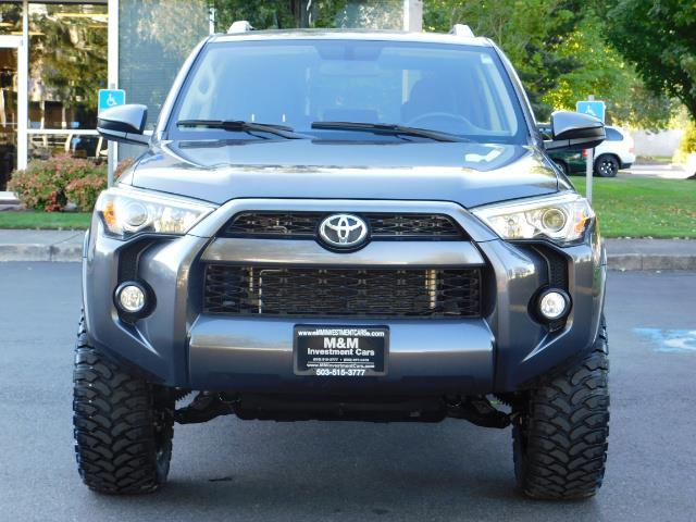 2016 Toyota 4Runner SR5 / 4WD / Sport Utility / LIFTED LIFTED - Photo 5 - Portland, OR 97217