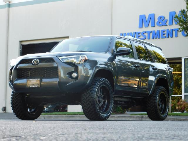 2016 Toyota 4Runner SR5 / 4WD / Sport Utility / LIFTED LIFTED - Photo 47 - Portland, OR 97217