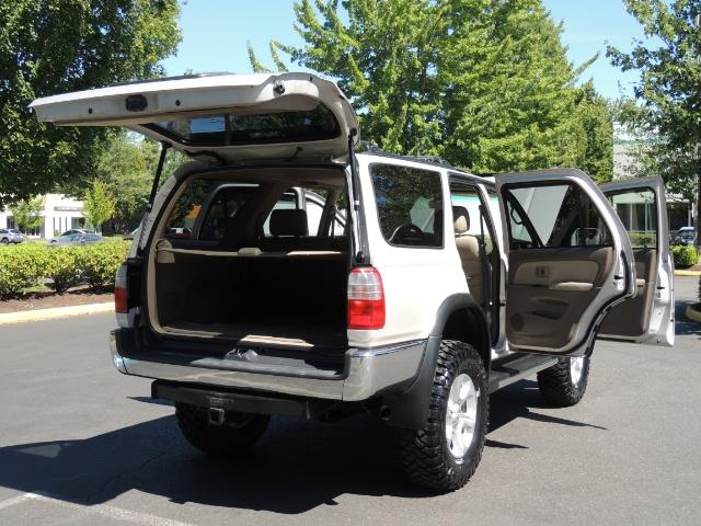 1999 Toyota 4Runner SR5 4WD V6 3.4L / LEATHER / NEW TIRES / LIFTED - Photo 27 - Portland, OR 97217