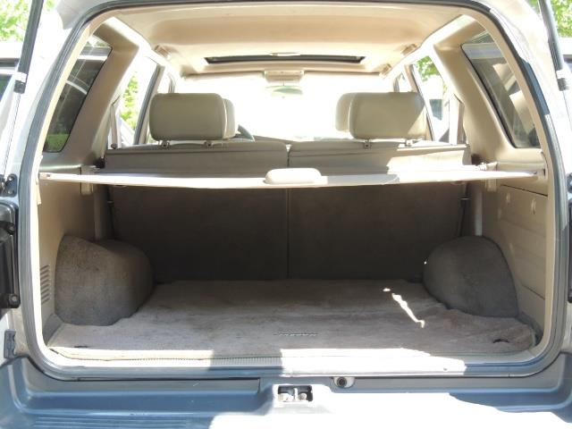 1999 Toyota 4Runner SR5 4WD V6 3.4L / LEATHER / NEW TIRES / LIFTED - Photo 17 - Portland, OR 97217