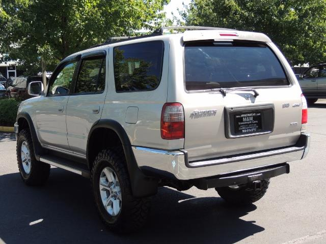1999 Toyota 4Runner SR5 4WD V6 3.4L / LEATHER / NEW TIRES / LIFTED - Photo 7 - Portland, OR 97217