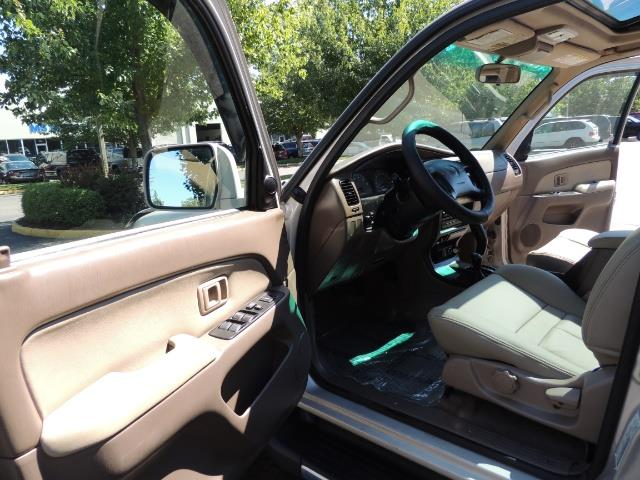 1999 Toyota 4Runner SR5 4WD V6 3.4L / LEATHER / NEW TIRES / LIFTED - Photo 13 - Portland, OR 97217