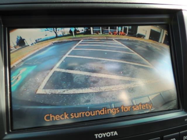 2012 Toyota Highlander Limited All Wheel Drive Navigation Camera Loaded - Photo 22 - Portland, OR 97217