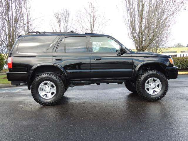 1999 Toyota 4Runner SPORT 4X4 V6 3.4L/ REAR DIFFERENTIAL LOCK / LIFTED - Photo 4 - Portland, OR 97217