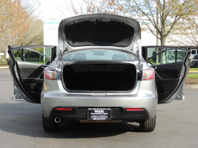2010 Mazda Mazda3 i Touring / Sedan / Sunroof / Premium Sound - Photo 28 - Portland, OR 97217