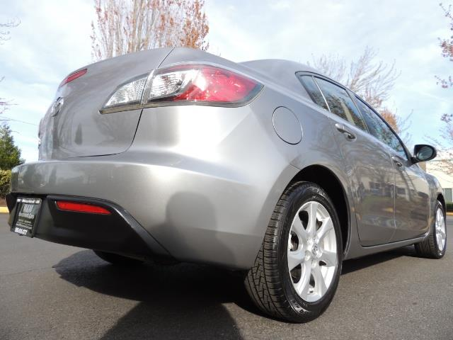 2010 Mazda Mazda3 i Touring / Sedan / Sunroof / Premium Sound - Photo 11 - Portland, OR 97217