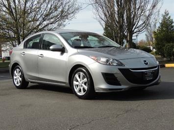 2010 Mazda Mazda3 i Touring / Sedan / Sunroof / Premium Sound Sedan