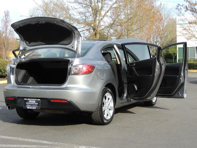 2010 Mazda Mazda3 i Touring / Sedan / Sunroof / Premium Sound - Photo 29 - Portland, OR 97217