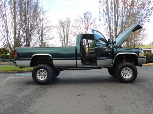 1998 Dodge Ram 2500 Laramie SLT / 4X4 / 5.9L Cummins Diesel 12-VALVE - Photo 23 - Portland, OR 97217