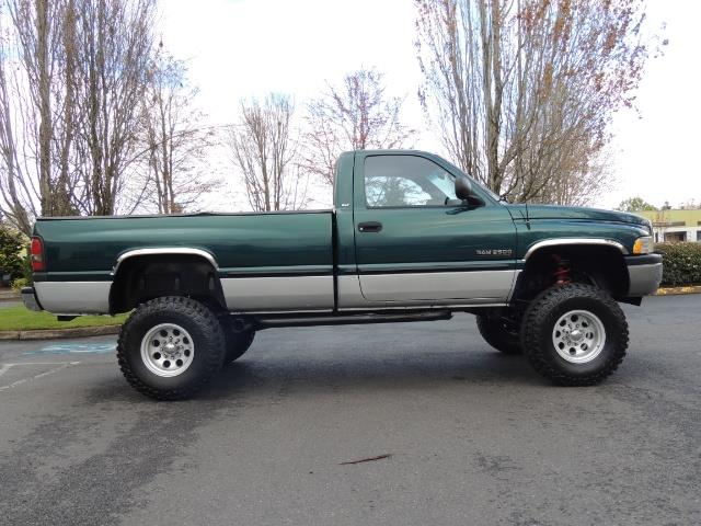 1998 Dodge Ram 2500 Laramie SLT / 4X4 / 5.9L Cummins Diesel 12-VALVE - Photo 4 - Portland, OR 97217