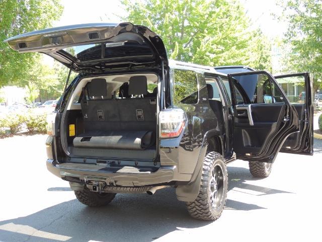 2016 Toyota 4Runner 4X4 3RD SEAT / CAM / WARRANTY / XD WHEELS / LIFTED - Photo 27 - Portland, OR 97217
