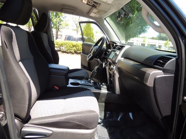 2016 Toyota 4Runner 4X4 3RD SEAT / CAM / WARRANTY / XD WHEELS / LIFTED - Photo 17 - Portland, OR 97217