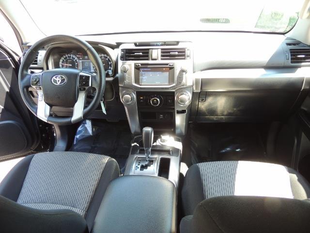 2016 Toyota 4Runner 4X4 3RD SEAT / CAM / WARRANTY / XD WHEELS / LIFTED - Photo 18 - Portland, OR 97217