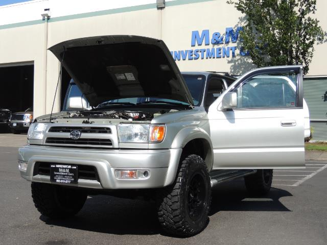 2000 Toyota 4Runner SR5 4dr SR5 / 4X4 /  5-SPEED MANUAL / LIFTED - Photo 25 - Portland, OR 97217