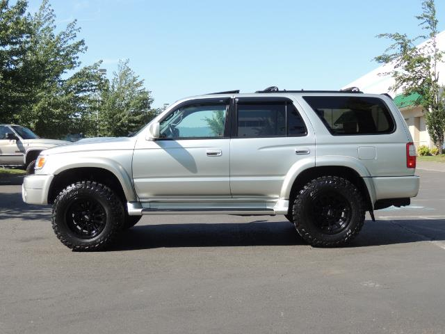 2000 Toyota 4Runner SR5 4dr SR5 / 4X4 /  5-SPEED MANUAL / LIFTED - Photo 3 - Portland, OR 97217