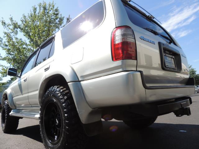2000 Toyota 4Runner SR5 4dr SR5 / 4X4 /  5-SPEED MANUAL / LIFTED - Photo 11 - Portland, OR 97217