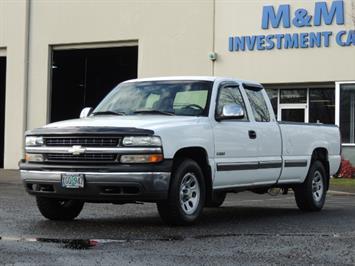 2000 Chevrolet Silverado 1500 3-door V8 / 4X4 / Extended Cab / LONG BED Truck