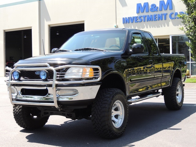 1997 ford f 150 xlt 4x4 5 4l lifted lifted. Black Bedroom Furniture Sets. Home Design Ideas