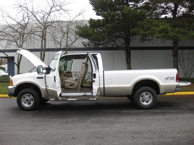 2000 Ford F-250 Super Duty Lariat/ 4x4/ 7.3L DIESEL/ Long Bed - Photo 9 - Portland, OR 97217