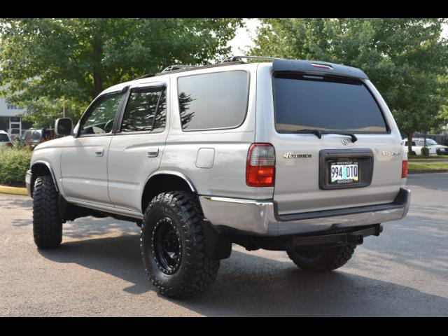 2000 Toyota 4Runner SR5 4X4 3.4L 6Cyl / LIFTED / TIMING BELT DONE - Photo 9 - Portland, OR 97217