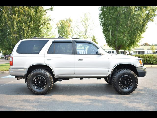 2000 Toyota 4Runner SR5 4X4 3.4L 6Cyl / LIFTED / TIMING BELT DONE - Photo 4 - Portland, OR 97217