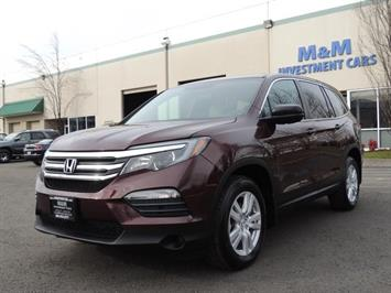 2016 Honda Pilot LX / AWD / Third Seat / Backup Camera / 1-OWNER SUV