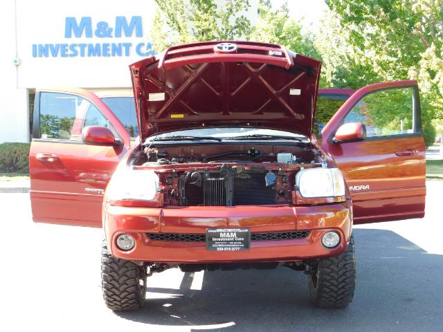 2005 Toyota Tundra DOUBLE CAB 4X4 LIMITED V8 4.7 L / 1-OWNER / LIFTED - Photo 29 - Portland, OR 97217