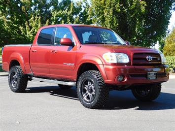 2005 Toyota Tundra DOUBLE CAB 4X4 LIMITED V8 4.7 L / 1-OWNER / LIFTED Truck