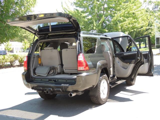 2006 Toyota 4Runner V6 4.0L / 4X4 / DIFF LOCK / 3RD SEATS / 1-OWNER - Photo 27 - Portland, OR 97217