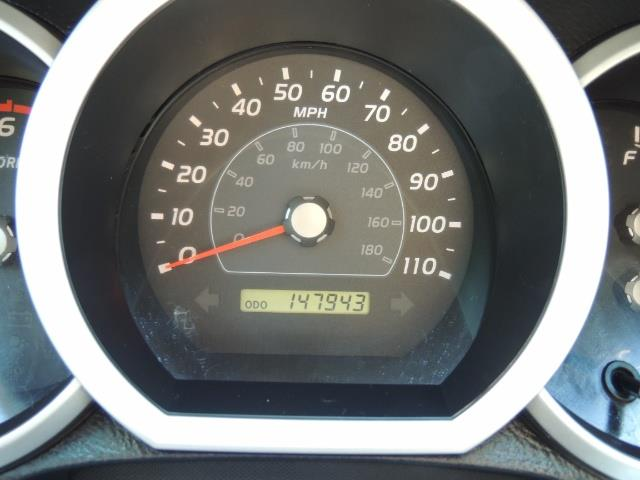 2006 Toyota 4Runner V6 4.0L / 4X4 / DIFF LOCK / 3RD SEATS / 1-OWNER - Photo 21 - Portland, OR 97217